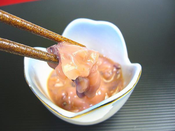 【北海道グルメマート】北海道限定品 合成着色料 保存料不使用 旨いを味わう いかなんこつ塩辛 300g_画像4