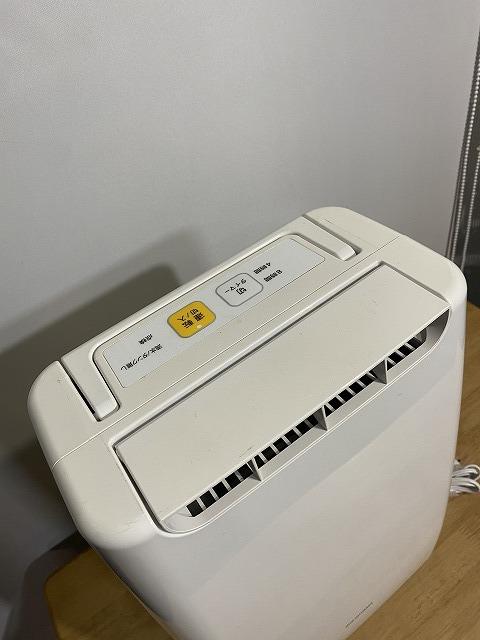 アイリスオーヤマ 除湿機 DDA-20 衣類乾燥除湿機 デシカント式 2018年製 USED 中古_画像2