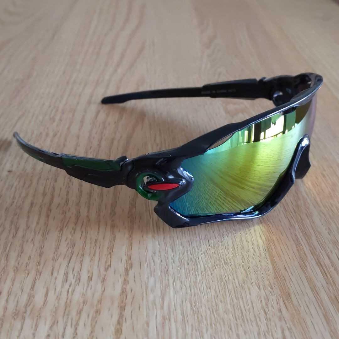 【新入荷】スポーツサングラス!!男女兼用!インポート品!自転車、ドライブ、釣り、スキーなど多種多様!