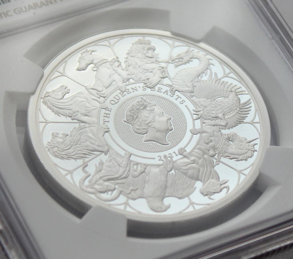 2021 イギリス クイーンズビースト コンプリーター 2ポンド 銀貨 NGC PF70UC 最高鑑定品!!_画像4