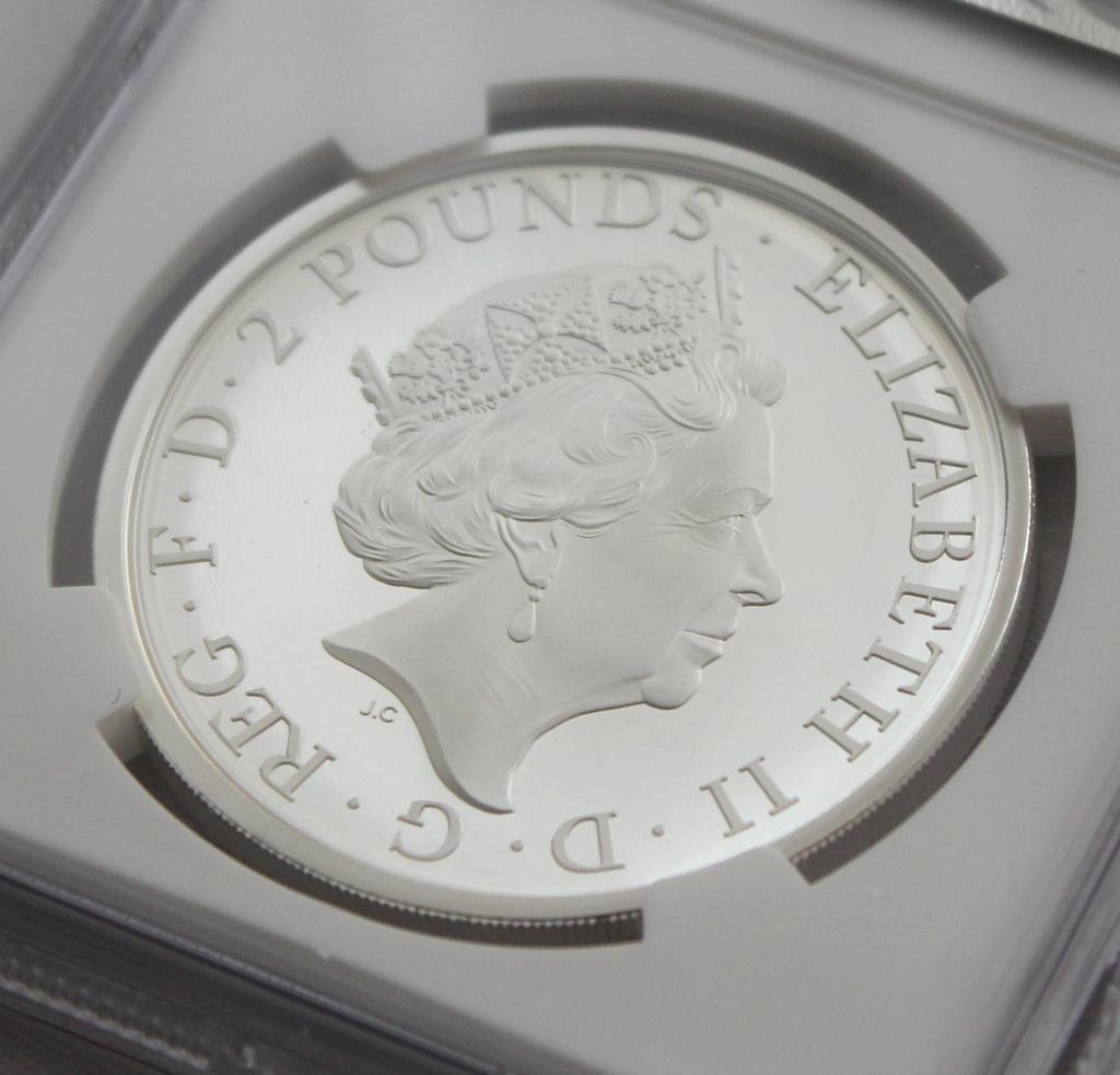 2021 イギリス クイーンズビースト コンプリーター 2ポンド 銀貨 NGC PF70UC 最高鑑定品!!_画像6