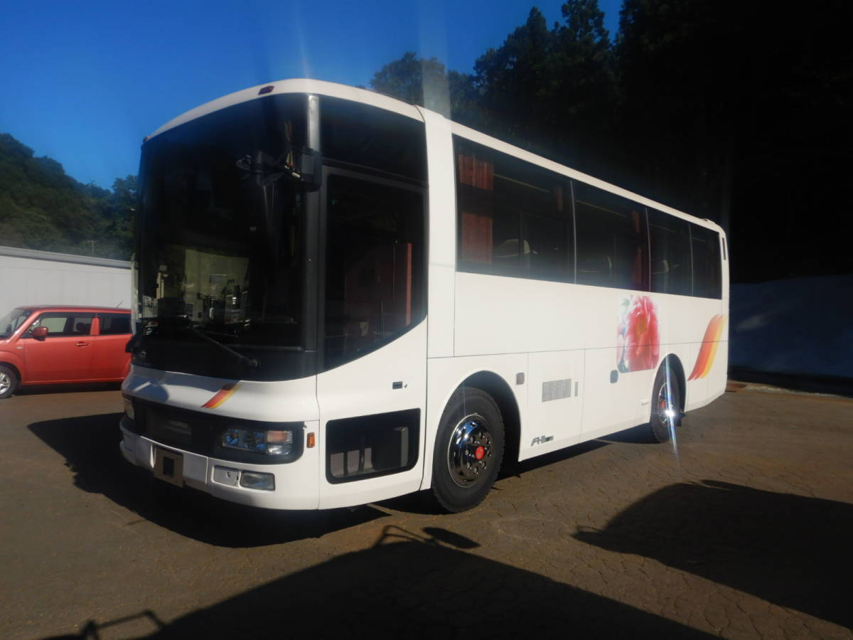 「【CH15862】H14年 日産ディーゼル スペースアロー 37人乗りバス 観光バス 送迎バス 実走28万㌔台 NOX・PM適合 中型バス 税込!」の画像1