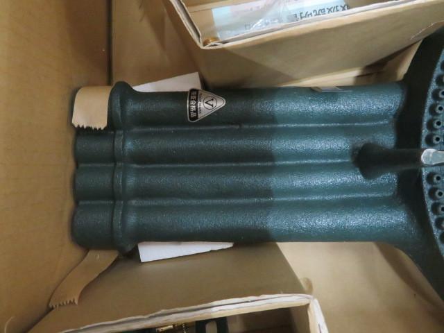 14-42832 未使用 タチバナ 四重コンロバーナーのみ(種火付)LP TS-440P 4重 LPガス プロパン 鋳物コンロ 業務用調理機器 ガスコンロ 厨房_画像3
