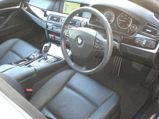 「■超貴重!平成25年8月 LDA-FW20型 BMW 523d 無事故 実走行 禁煙車 黒皮 純正HDDナビ TV ミラーETC 屋根付き車庫管理 車検令和4年12月14日」の画像3