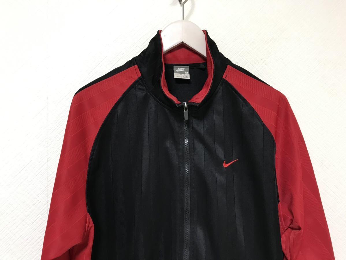 本物ナイキNIKEジャージロゴ刺繍ストライプ柄トラックジャケット旅行トラベルメンズM黒ブラック赤レッドジムスポーツウェアゴルフ