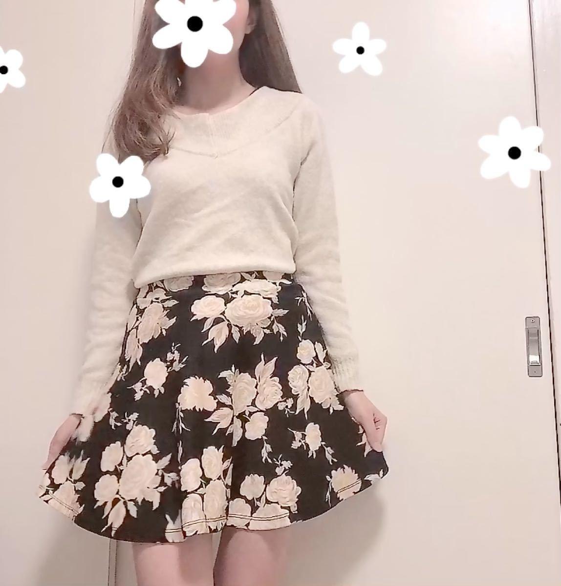花柄 ローズ フレアスカート ベージュ 黒