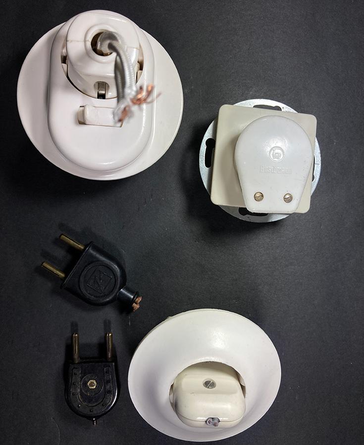 ドイツ製 コンセント 1950's プレート プラグ/バウハウス/アンティーク/ スイッチ/店舗什器/ビンテージ/照明/デスクランプ/o.c.white/gras_画像3