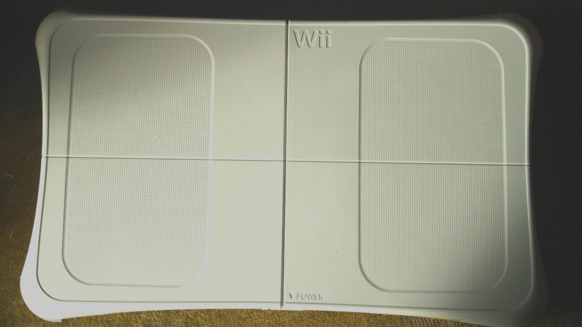 Wiifitボードプラス本体「動作OK」クリーニング済み 今だけ激安 正規品