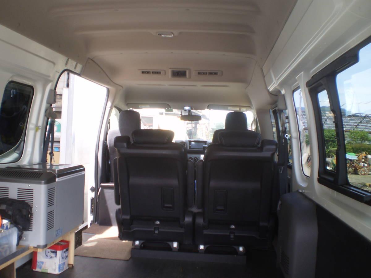 日産 NV350 キャラバン 平成29年 ワイドスーパーロングハイルーフ 4WD パールホワイト 中古車_画像5