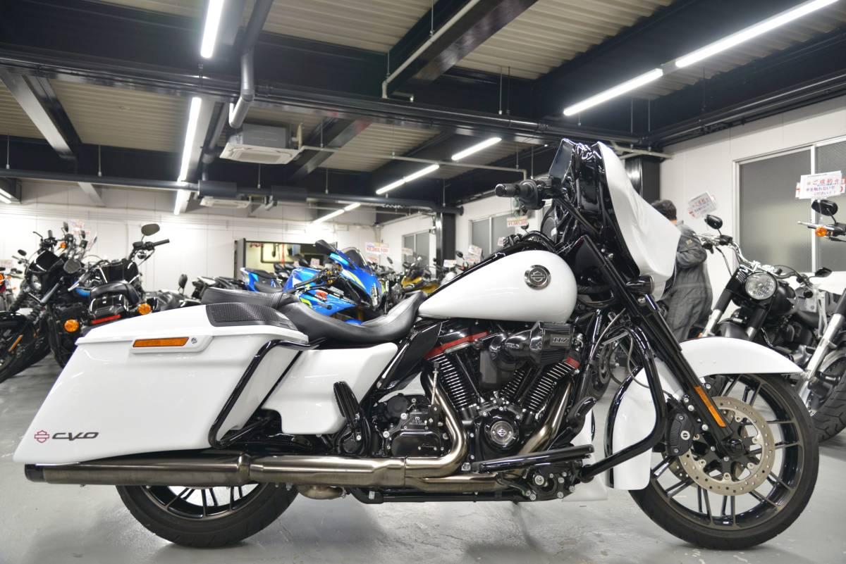 「〇ハーレーダビッドソン FLHXSE CVO ストリートグライド 2021年 3,106キロ ワンオーナー 諸費用込439.98万 +全国送料8.000円ケーズバイク」の画像1