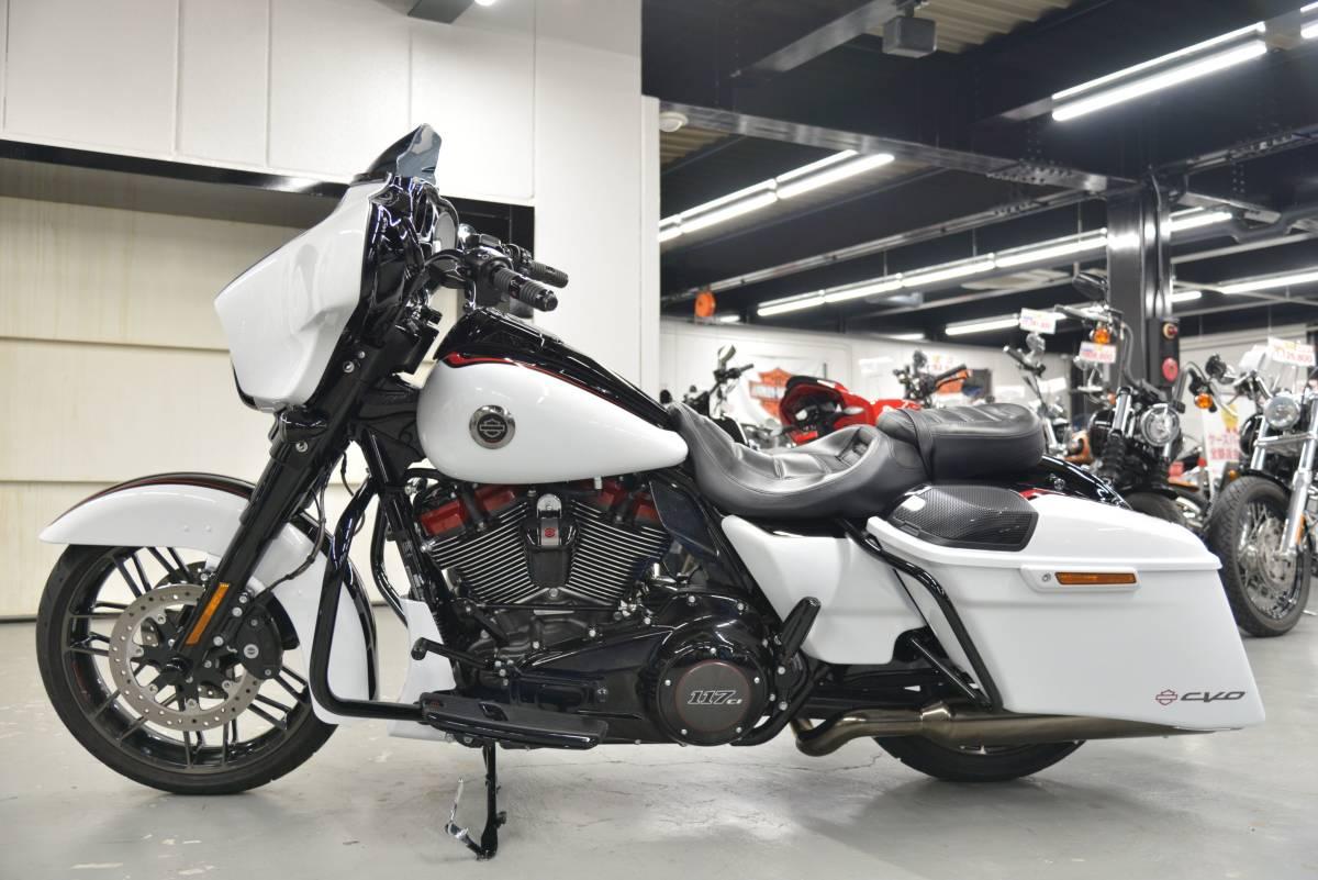 「〇ハーレーダビッドソン FLHXSE CVO ストリートグライド 2021年 3,106キロ ワンオーナー 諸費用込439.98万 +全国送料8.000円ケーズバイク」の画像2