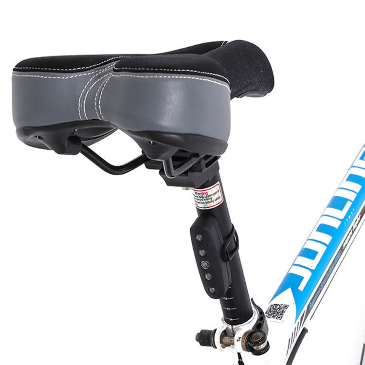 自転車用テールライト USB充電式 最大30時間まで ゴムバンド式 夜道の事故防止に IPX2防水仕様 5個高輝度LED搭載 USBTL11_画像1