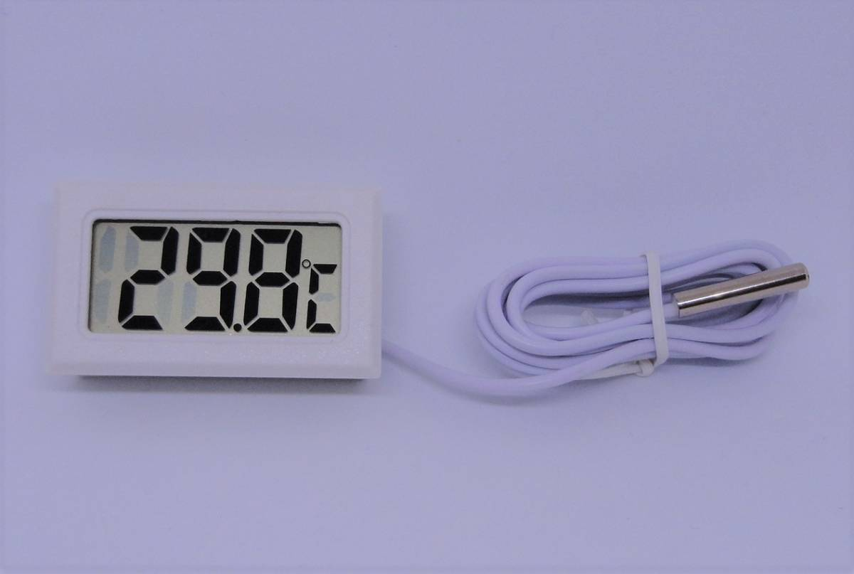 小型 液晶 デジタル温度計 温度計 約48x約29x約16mm 小型温度計 冷蔵庫 温室 室外 室内の温度測定に 測定範囲:-50℃~+110℃ 室温_画像3