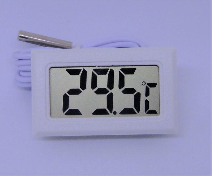 小型 液晶 デジタル温度計 温度計 約48x約29x約16mm 小型温度計 冷蔵庫 温室 室外 室内の温度測定に 測定範囲:-50℃~+110℃ 室温_画像1