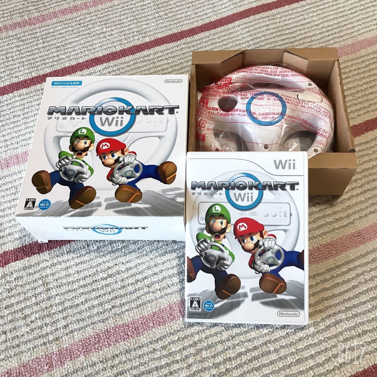 Wii本体セットWiiスポーツリゾートセット+マリオカートソフト(ハンドル2つ)