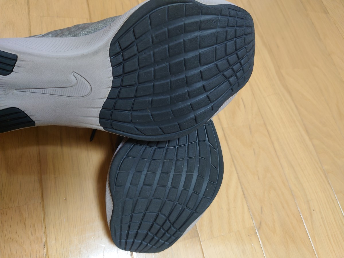ナイキ メンズズームフライ3 25cm