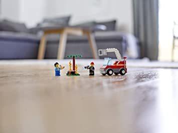 レゴ(LEGO) シティ バーベキューの火事 60212 ブロック おもちゃ 男の子_画像8