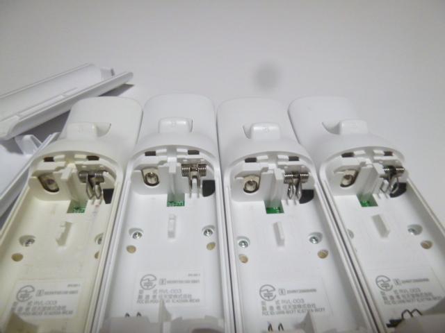 RSJ012《即日発送 送料無料 動作確認済》Wii リモコン ストラップ ジャケット カバー 白 4個セット 任天堂 純正 RVL-003 コントローラ