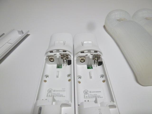 RSJ015《即日発送 送料無料 動作確認済》Wii リモコン ストラップ ジャケット カバー 白 2個セット 任天堂 純正 RVL-003 コントローラ