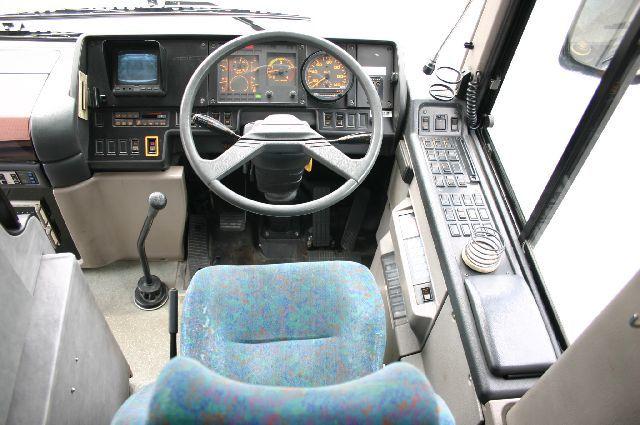 「日野 セレガ バス 29人乗り 中型バス@車選びドットコム」の画像3