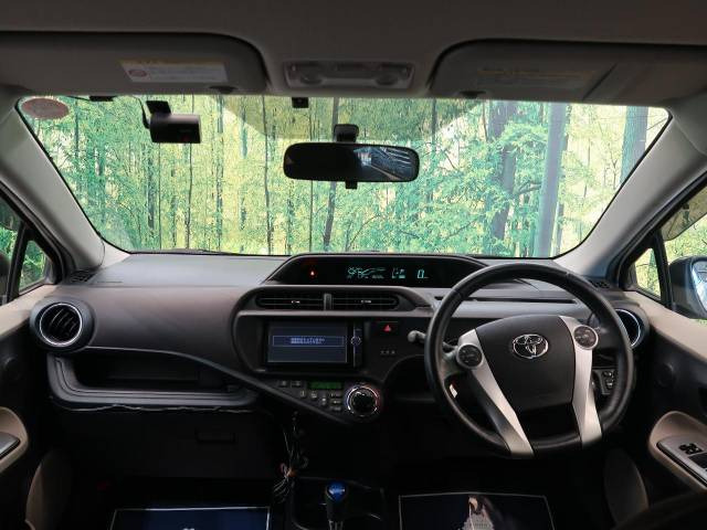 「平成25年 アクア 1.5 G @車選びドットコム」の画像2