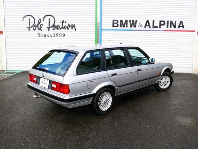 「返金保証付:1991年 BMW325iツーリング オールペン済 天井張替え済 タイヤ新品交換済 エンジンOH済 足回り交換済み@車選びドットコム」の画像2