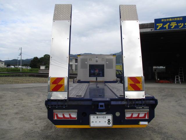 「令和2年 三菱ふそう ファイター増トン 重機運搬車 車検付すぐ乗れます!@車選びドットコム」の画像2