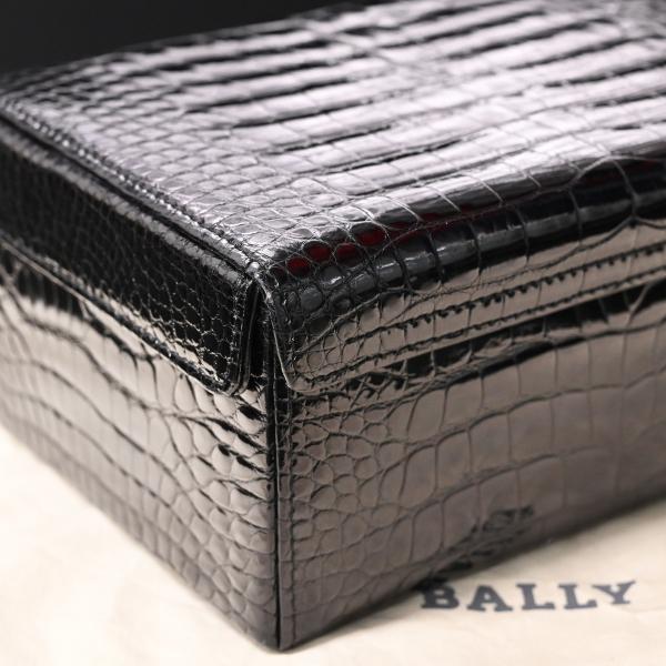 本物 極上品 バリー 最高級リアルクロコダイルレザー鍵付きスクエアバニティバッグ ブラック 2WAYクロコショルダーバッグ 保存袋付 BALLY_画像6