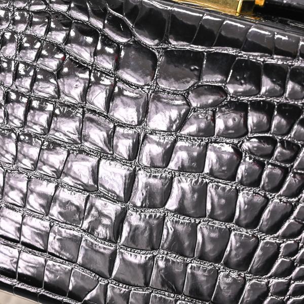 本物 極上品 バリー 最高級リアルクロコダイルレザー鍵付きスクエアバニティバッグ ブラック 2WAYクロコショルダーバッグ 保存袋付 BALLY_画像5