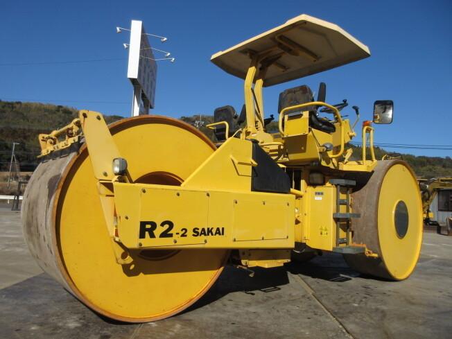 「ローラー 酒井重工業 R2-2 2011年製 796h 抹消書類あり」の画像2