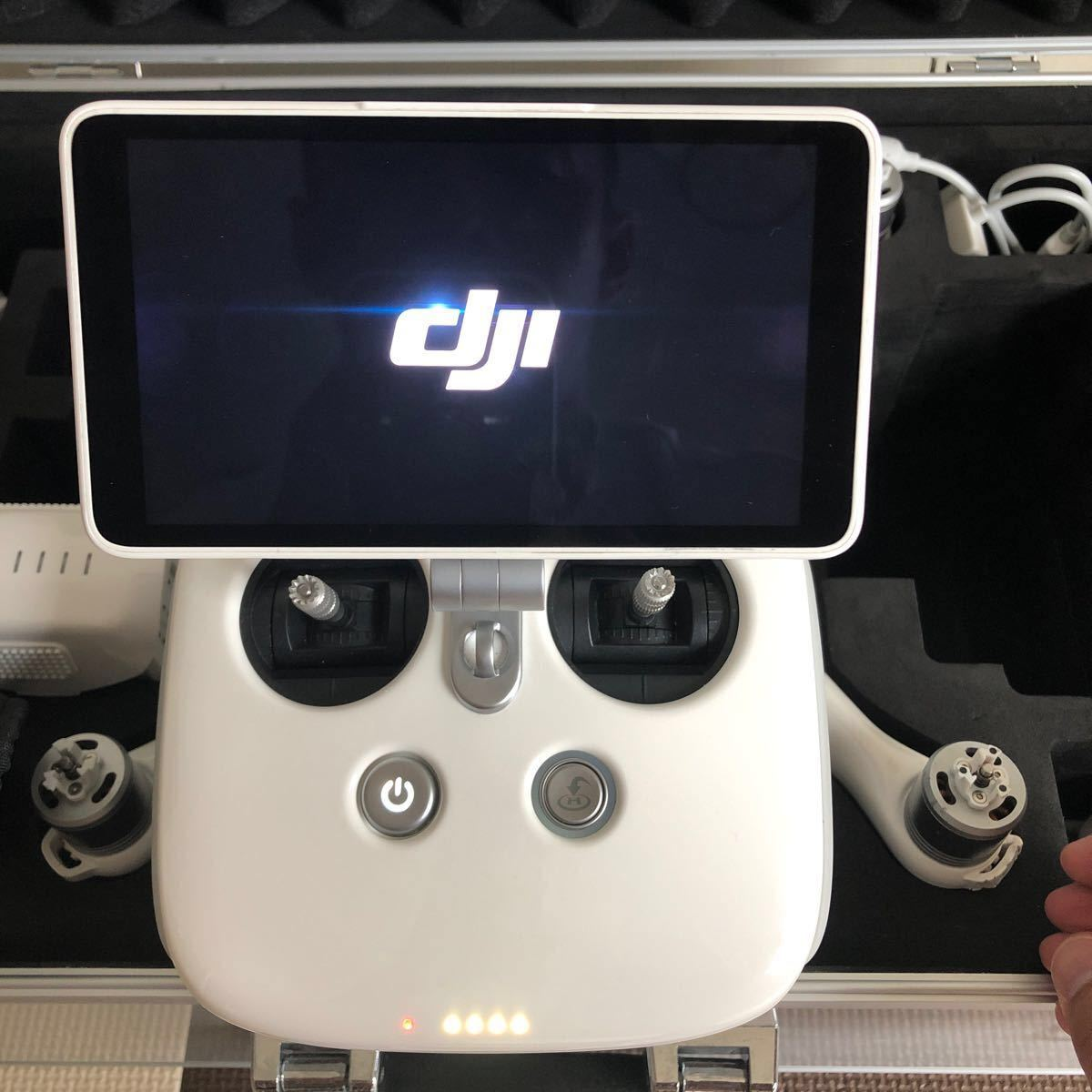 DJI社 phantom4+ pro v2  ドローン