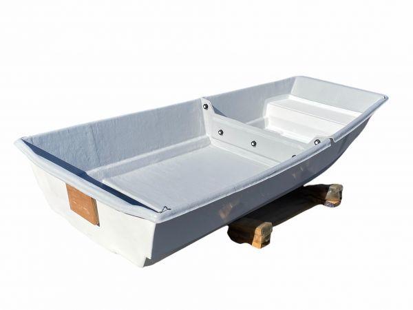 「09)【引取限定・現状渡し】FRPボート 2分割タイプ 試乗艇 三重県」の画像2