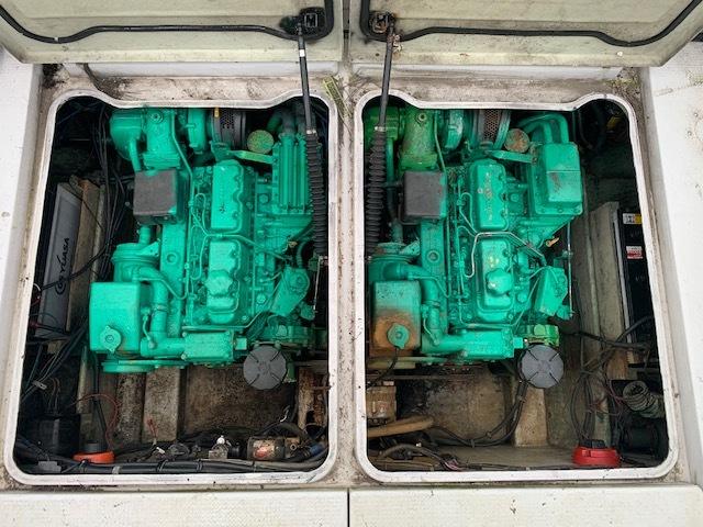「★石川発 ヤマハ YAMAHA プレジャーモーターボート AK5 エンジン始動確認済み トレーラーあり ジャンク 直接引取りのみ」の画像2