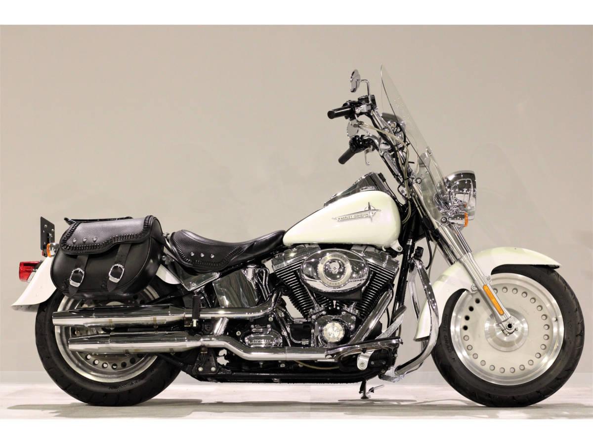 「ハーレーFLSTFファットボーイ 2007y TC96B 1580cc エイプバー エンジンガード Harley純正OPブームオーディオ アンプ&スピーカー」の画像3