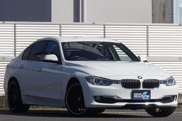 「BMW 320d ラグジュアリー 禁煙内外美車/機関良好/不具合&修復歴無し/車検R4年9月【黒革/ナビ/地デジTV/HID/ブルートゥース/ETC/Bカメラ】」の画像3