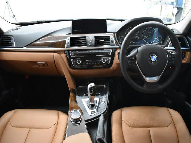 「【くるま☆市場】BMW 330eラグジュアリー 後期 PHEV 追従ACC LCW ヒーター付茶革 LED/H&テール 衝突軽減B」の画像2