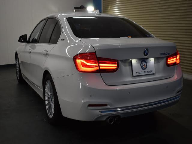 「【くるま☆市場】BMW 330eラグジュアリー 後期 PHEV 追従ACC LCW ヒーター付茶革 LED/H&テール 衝突軽減B」の画像3
