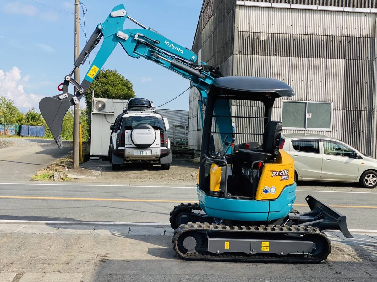 「クボタ ミニユンボ RX-202  1642時間  ゴムキャタ新品  オフセットブーム 取り扱い説明書あり 2トンクラス 全国陸送可 下取OK 」の画像1