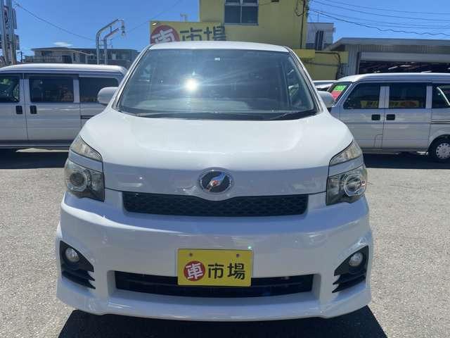 「平成22年 トヨタ ヴォクシー 2.0 ZS @車選びドットコム」の画像2