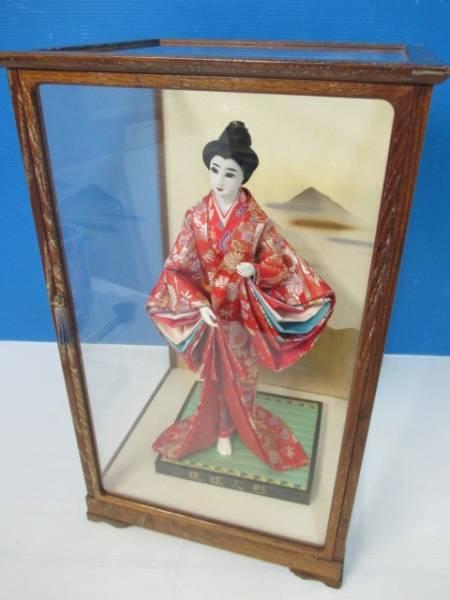 【良品】★琉球人形★日本人形 置物 ガラスケース入