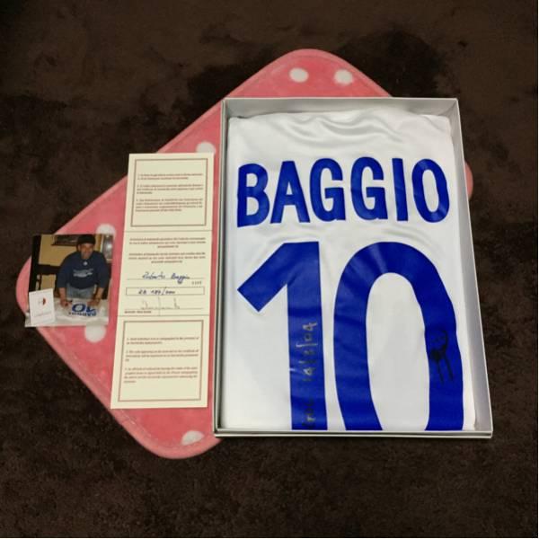 世界 200着 限定 ロベルト バッジョ 直筆サイン入り ユニホーム