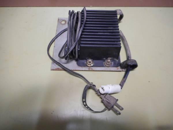 18. 三菱コンバインMC120 AC100ボルト充電器?_画像1