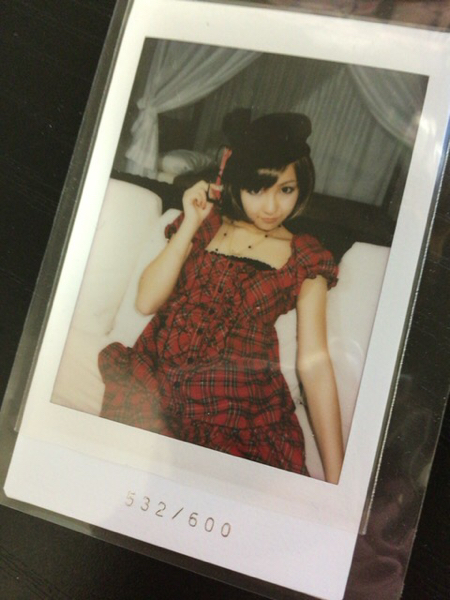 板野友美 さくら堂 チェキ AKB48 ともちん ハイテンション ライブ・総選挙グッズの画像