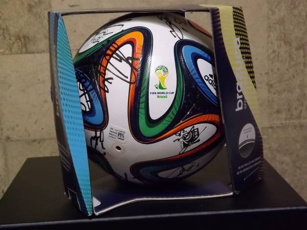 2014 FIFA OFFICIAL MATCH BALL 松本山雅全選手サイン入りボール