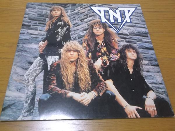 △ TNT ティー・エヌ・ティー 【 1989 JAPAN ツアーパンフ 】