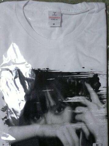 山本彩 RAINBOW Tシャツ カラー白 サイズM 新品