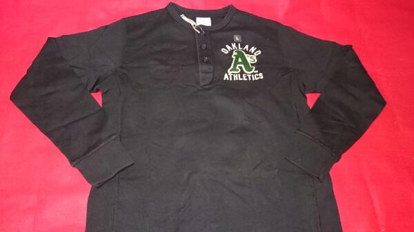 【新品】MLB アスレチックス ヘンリーネック長袖Tシャツ L 黒 グッズの画像