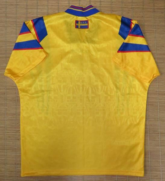 正規品 1996-97スウェーデン代表~ホーム用・半袖・ユニフォーム ダーリン ラーションイブラヒモビッチ_画像2