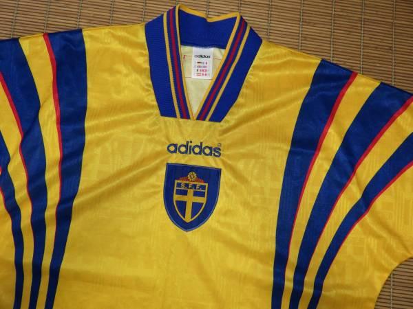 正規品 1996-97スウェーデン代表~ホーム用・半袖・ユニフォーム ダーリン ラーションイブラヒモビッチ_画像3