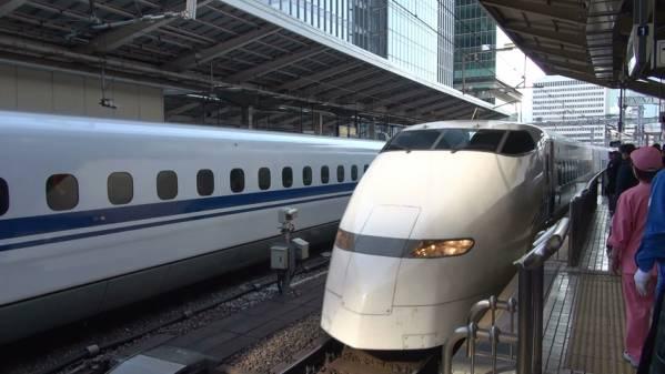 300系「ひかり511号」 車窓 東京→新大阪 (字幕無/有BD-R DL1枚)_東京駅に入線